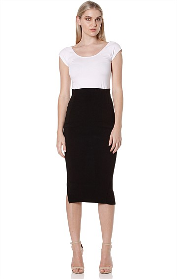 PENCIL KNEE LENGTH TEXTURED JERSEY SLIM FIT SKIRT IN BLACK