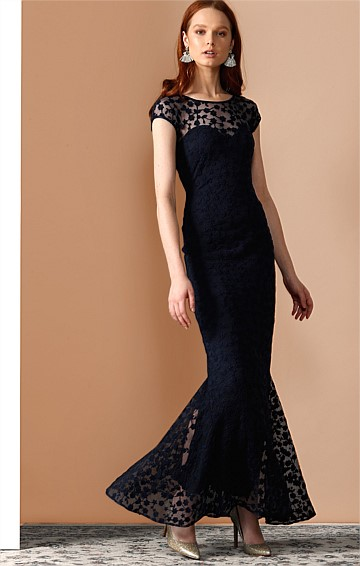 PRUNELLA CAP SLEEVE SWEETHEART NECK LACE FISHTAIL FORMAL DRESS IN NAVY